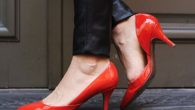 Give Yourself A Fabulous Look By Following Tips On Wearing Heels