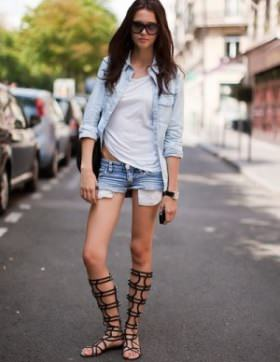 What to wear with flat gladiator sandals